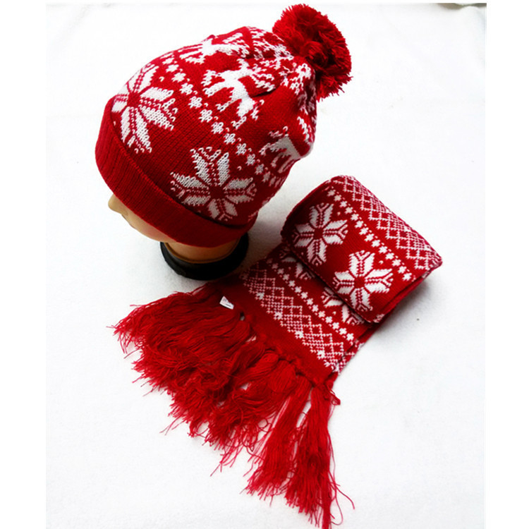 2013 Autumn And Winter Lovers Christmas Deer Knitted Hat Knitted Scarf Snow Scarf Two Pieces Set