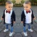 Мальчики одежда 2016 весной длинный рукав свитера + футболки с галстуком лука + джинсы свободного покроя стиль комплект мальчик детская одежда установить
