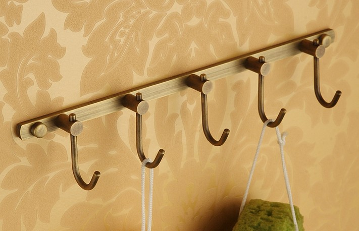 все цены на Hot selling-Bathroom Accessories European Antique Bronze Robe Hook ,Clothes Hook, Vintage wall hook&Towel Robe hooks онлайн