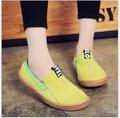 Флуоресцентный зеленый Мокасины 2017 Летом Скольжения На Квартиры Одной обуви Женщина Случайные Весенние Женщины Плоские Туфли Плюс Размер 35-42