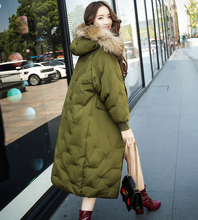 S-L Fashion Big Fur Hooded Women Good Quality Winter Thick Warm 90% White Duck Down Jacket Female Down Coat Outcoat Outerwear