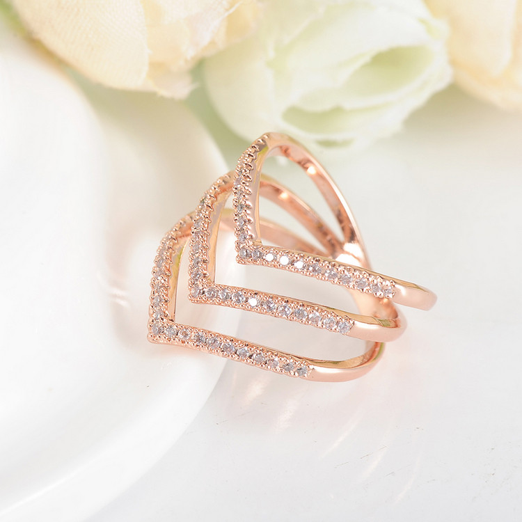 Promotion Sale Beagloer 17 New Fashion Ring Rose Gold Color Trendy Three V Shape Ring for Women CRI1034 6