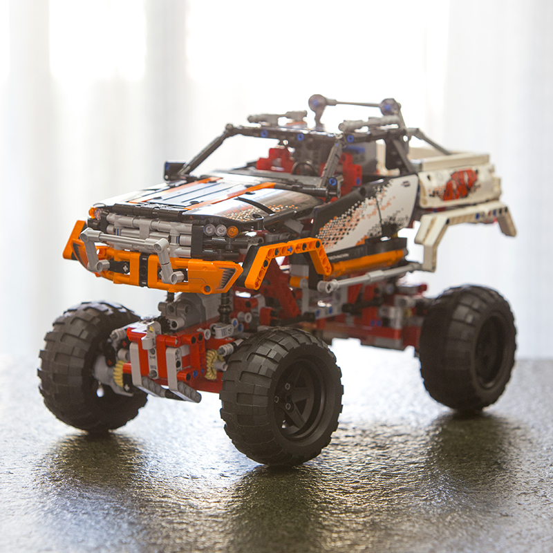 Lepin 20014 Technic Series Remote Control 4X4 Crawler Off-road Vehicles 1386pcs with Electric Motors Building Blocks Toys 9398 конструктор lepin technic монстр трак 4x4 crawler 1605 дет 20011