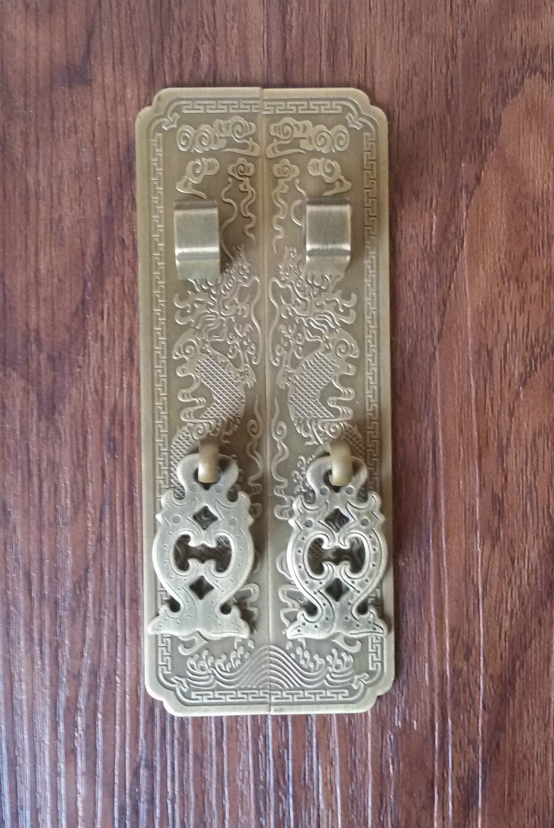 Upset edition! Chinese antique furniture accessories wardrobe handle copper top cabinet cabinet door handle Yunlong copper european modern bronze doors handle chinese antique glass door handle door handle carving
