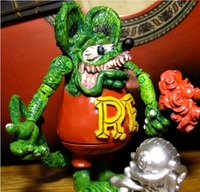 1pcs 10*8cm big Goth PUNK RF Rat Fink Action Figure doll yellow and black color terror cartoon anime Halloween d10