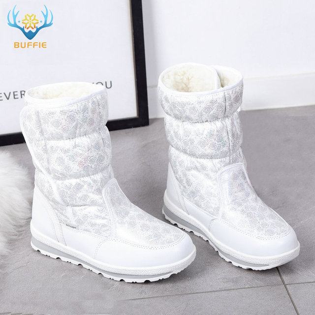 2019 Hot selling Winter Women snow boots Lady warm fake fur shoe female white Buffie brand fashionable boots anti-skid outsole