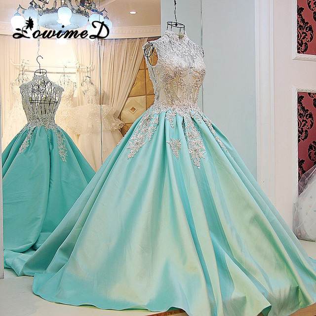 bb2265e6133 2017 Mint Green Evening Dresses Vintage Lace Appliques Beads Bow Sexy  Backless High Collar Formal Prom