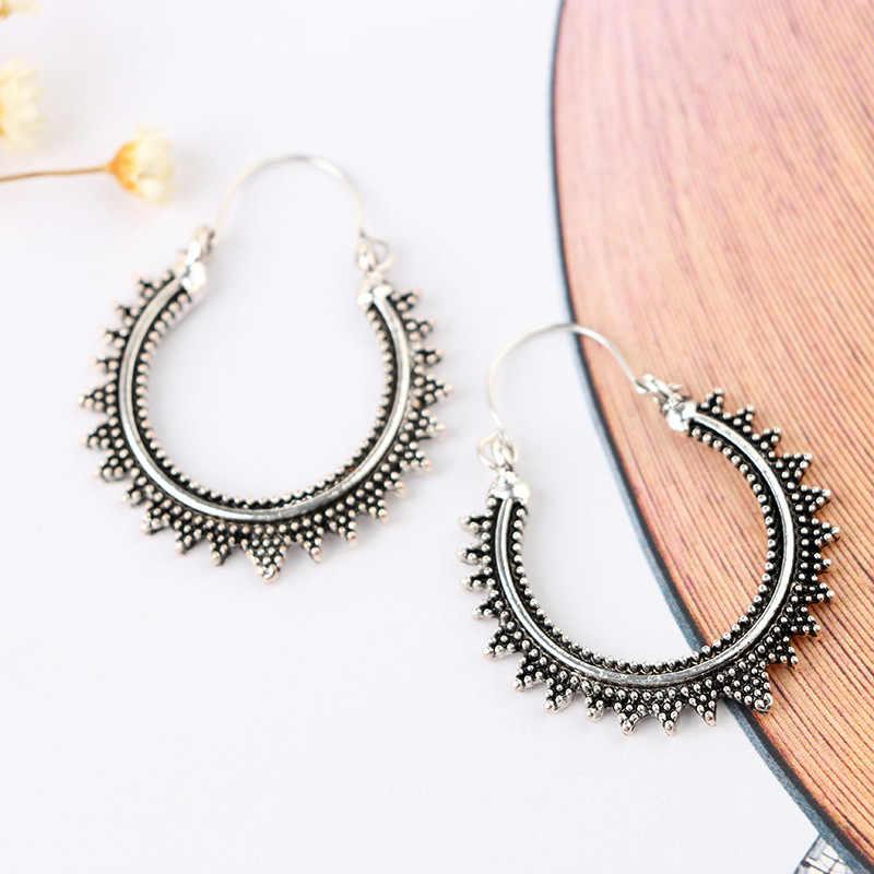 ومن ناحية منحوتة شيك العرقية النساء الموضة الجولة القرط بنغلاديش Vintage العصرية الفضة والمجوهرات التبتية