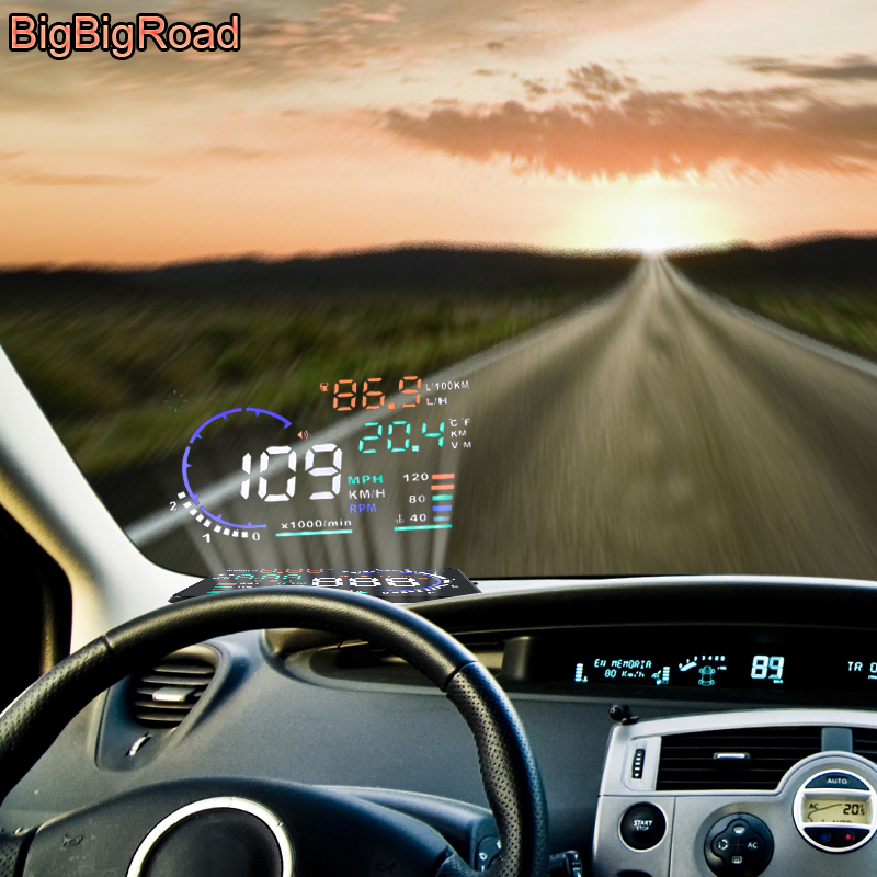 цены BigBigRoad Car OBD 2 II HUD Windscreen Projector Head Up Display For Porsche Cayenne 911 996 997 Panamera Cayman Macan Boxster