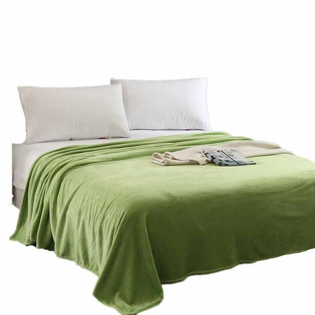 Super Zachte Warme Solid Warm Micro Pluche Fleece Deken Gooi Tapijt Sofa Beddengoed Dubbele Sprei Dekens Voor Bed Covers