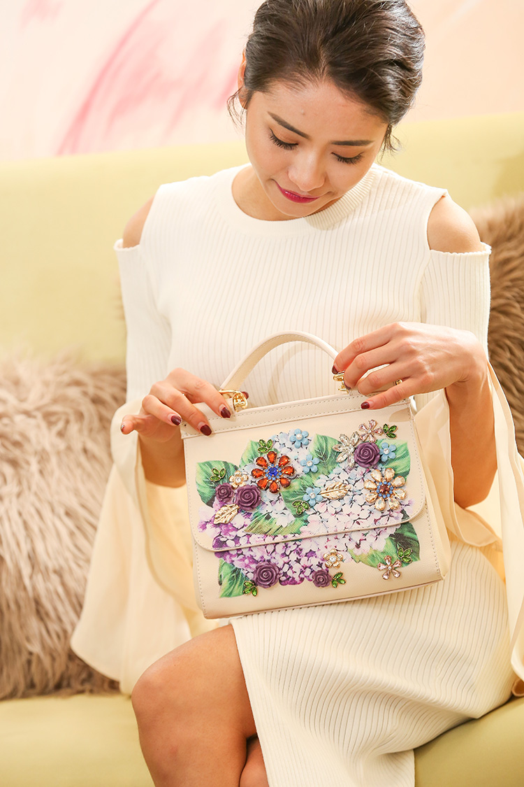 Luxury Designer Inspired Women Handbag Real Leather Embellishments Hydrangea Printed Mini Leather Shoulder Bag (2)