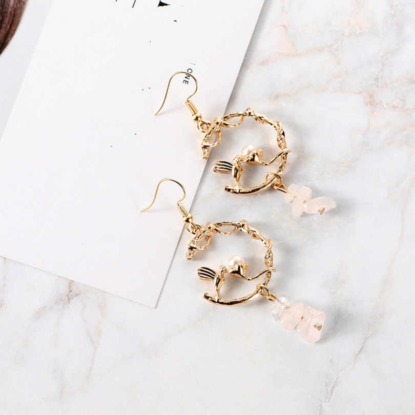 Korean Version Of The New Fashion Jewelry C Personality Bird Wedding Retro Palace Pearl Earrings Bohemia Female Elegant Earrings