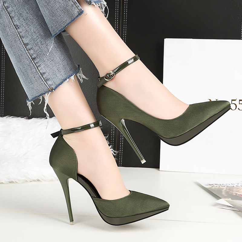 2018 Summer Women 12cm Thin Extreme High Heels Satin Silk Pumps Female Elegant Sweet Heels Shoes Scarpins Buckle Cheap Shoes 22