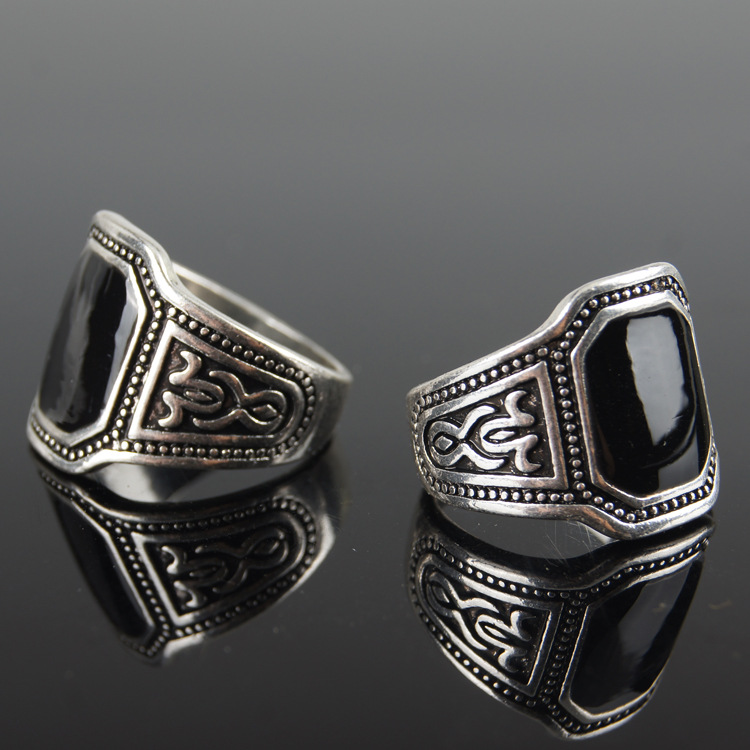 antique rings (3)