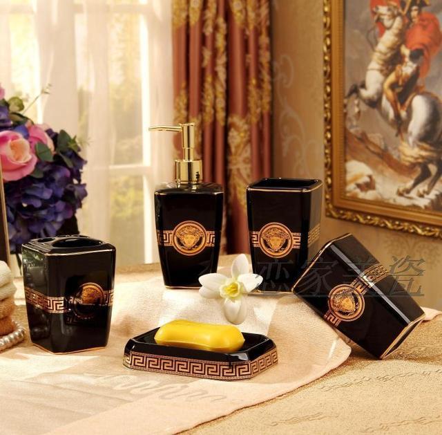 Charming 5 Stücke Porzellan Bad Set Europäischen Badezimmer Keramik Seifenspender  Porzellan Seife Zahnbürstenhalter Hause Dekoration