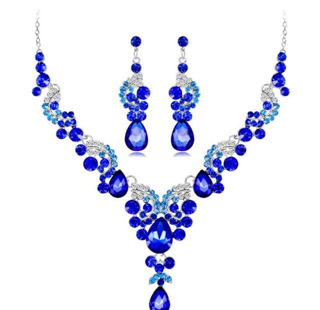 Wedding Dress Jewelry Set...