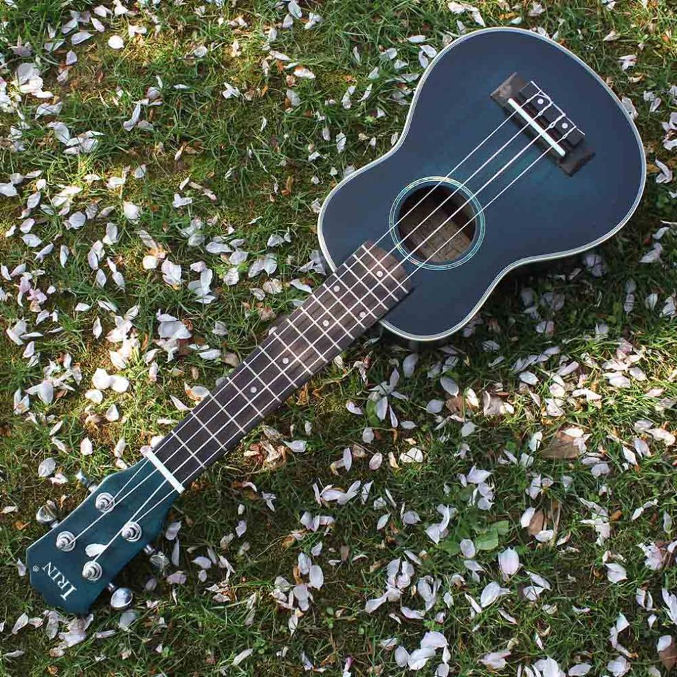 21 Inch Soprano Ukulele Spruce Wood 15 Fret Four Strings Guitar Bag Tuner Strings Capo Strap Cloth in Ukulele from Sports Entertainment