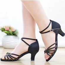 2017 Summer Zapatos De Baile Latino Mujer Tango Salsa Dance Shoes High Heeled Soft Bottom Professional Indoor Dancing Shoes