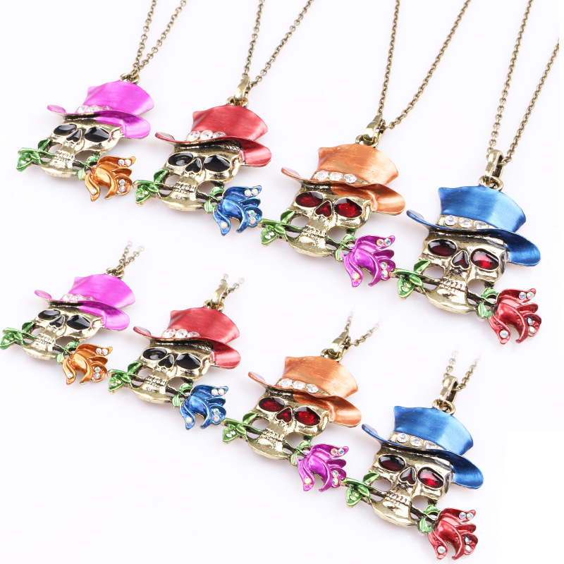 sell ornaments Halloween skull necklace Female magician rose pendant Europe and the United States sell like hot cakes