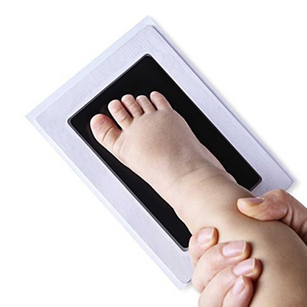 Baby Handprint Footprint ปลอดสารพิษทารกแรกเกิดพิมพ์ Inkpad ลายน้ำทารกของที่ระลึก Casting Clay ของเล่นของขวัญฟรีจัดส่ง