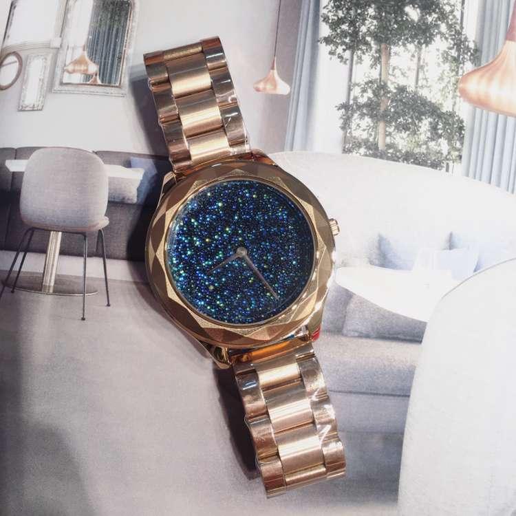 ФОТО Luxury Brand Women Dress Quartz Watch Ladies Casual Carved Case Wristwatch Rhinestone Female Watch Clock Relogio Feminino OP001