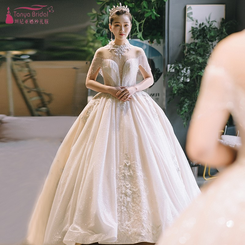 2019 Luxury Shinny Wedding Dress Short Sleeve Lace Beading Wedding Dresses High Neck Light Champagn Bridal Gown DQG740