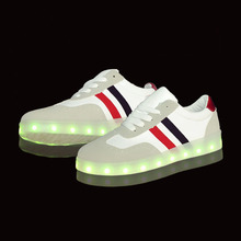 Yeafey Illuminated Womens Fashion Luminous Sneakers Lady Women Casual Shoes Tenis Infantil Girls Led Sport Shoe White Size 35-40