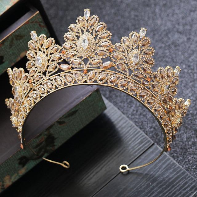 シャンパンラインストーンバロック様式の花嫁クラウン韓国ヘッドジュエリーウェディングヘアアクセサリークリスタルページェントティアラ女王クラウン