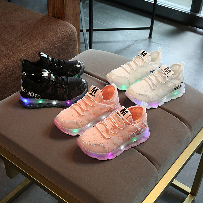 Autumn Children Sport Shoes for Boys Girls sneakers with led light Fashion tennis Shoes High quality Anti slip Pure Color Shoes
