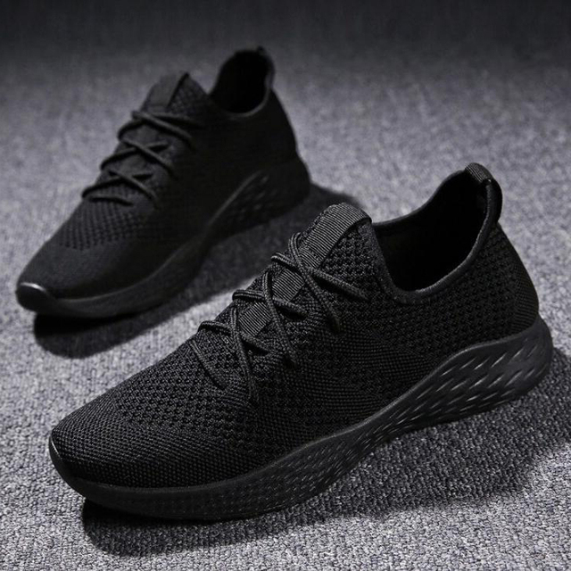 Men Casual Shoes 2019 Spring Summer Shoes Men Sneakers Flats Mesh Slip On Loafers Fly Knit Breathable shoes Plus Size 39-46