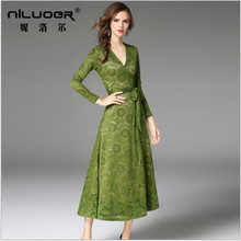 c598dee0da8ec 2017 autumn new high-end brand women's V-neck hollow embroidery green dress  fashion atmosphere long-sleeved lace dress