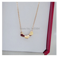 БЕСПЛАТНО SHPIPPING Горячая Роскошный подарок три сердца Титан стали ожерелье