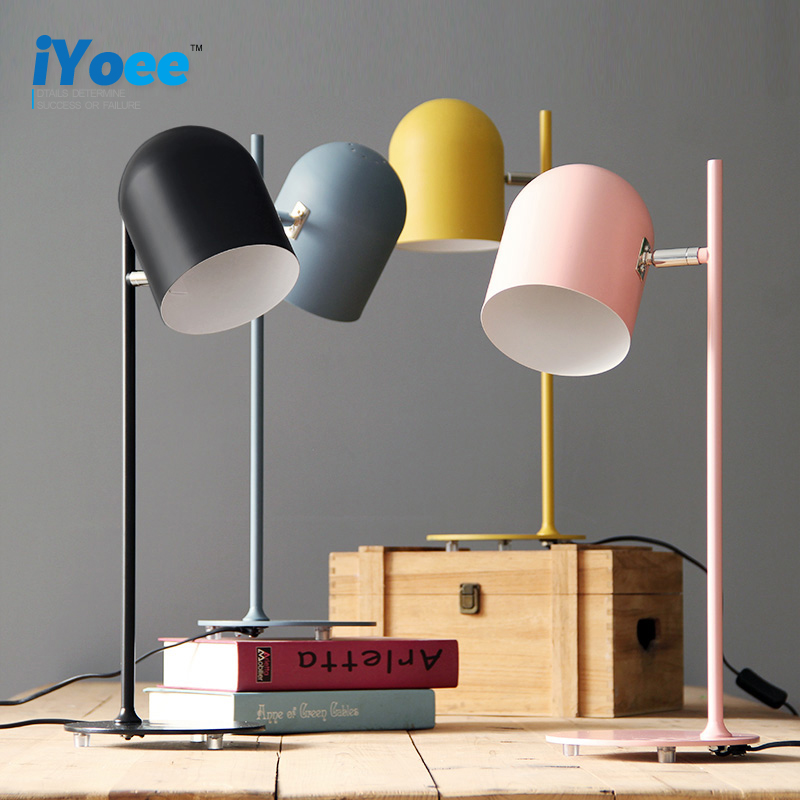 Nordic College Students Creative personality Macaron bedroom bedside decoration Plug in read desk jobs Eye protection table lamp