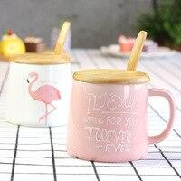 Flamingo Taza de Leche con Tapa Cuchara Linda Oficina Drinkware Tazas de Té de Porcelana Taza de Café de Cerámica Creativa Inicio Regalos H1035