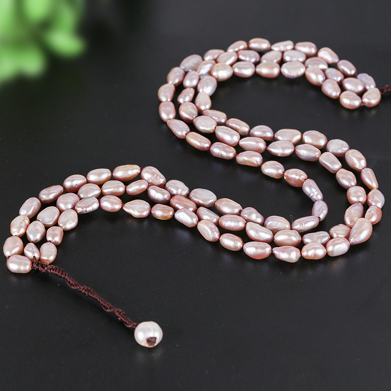 Pure natural Baltic Sea freshwater pearl necklace is suitable for various occasions.Pure natural Baltic Sea freshwater pearl necklace is suitable for various occasions.