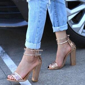 Image 3 - Khtaa女性夏ハイヒールサンダル透明アンクルストラップパンプスカバーヒールファッションダンスシューズセクシーなパーティー結婚式の靴