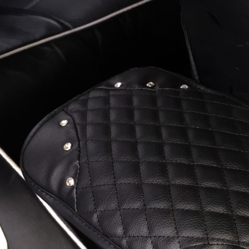 Crown-with-Crystal-Rhinestone-Car-Armrests-Cover-Pad-PU-Leather-Vehicle-Center-Console-Arm-Rest-Box-6