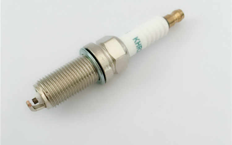 חם NPL ניקל KHR200 מצת 4 יחידות עבור IKH20 SK20HPR-L11 VKH20 LFR6A LFR6A11 LFR6AIX-11 LFR6AIX-11P KH6RTC KH6RTIP-11