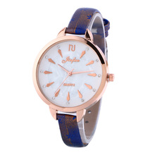 Easy Basic Black Pink Brown Crystal Rhinestone Small Quartz Girls Girls Women Wristwatches Wrist Watch Present
