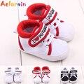 Baixo Price2016 Nova Chegada Sola Macia Prewalker Lona Superior Eu Amo a Papá & mama Sólida da Menina do Menino Sapatos Sapatos Da Criança infantis