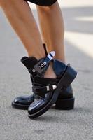 Женская обувь кожаные ботильоны мотоботы туфли гладиаторы на плоской подошве для езды верхом вырез квадратный каблук Пряжка взлетно посад
