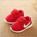 Nueva llegada del otoño del resorte de 0 a 3 años de edad de las muchachas cabritos de la manera niños zapatillas running shoes sportsshoes mocasines