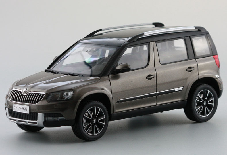 1:18 Diecast Model for Skoda Yeti 2015 Brown SUV Alloy Toy Car Collection Gifts  gifts original 1 18 m ni champs 2015 turbo s alloy car models collection