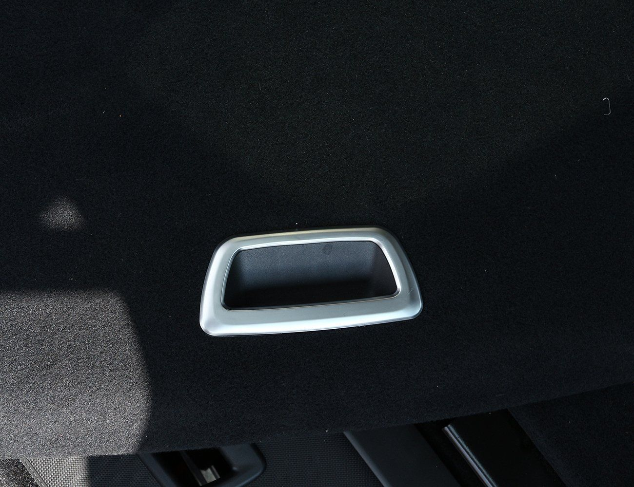 1 PCS Auto Chrome Rear Tail Trunk Box Frame car <font><b>accessories</b></font> interior For <font><b>BMW</b></font> <font><b>X1</b></font> F48 2016-<font><b>2018</b></font> Car <font><b>Accessories</b></font> Car Styling image
