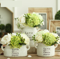 Pastroal Style1 Piece White Clay Vintage Freshing Green Artificial Hydrangea Berries Vase Set for Home Desktop Vase with Flower