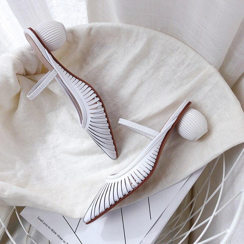 Creux femmes Mules en cuir véritable en plein air talons hauts pantoufles élégant fête bout pointu chaussures d'été femme-in Pantoufles from Chaussures    3