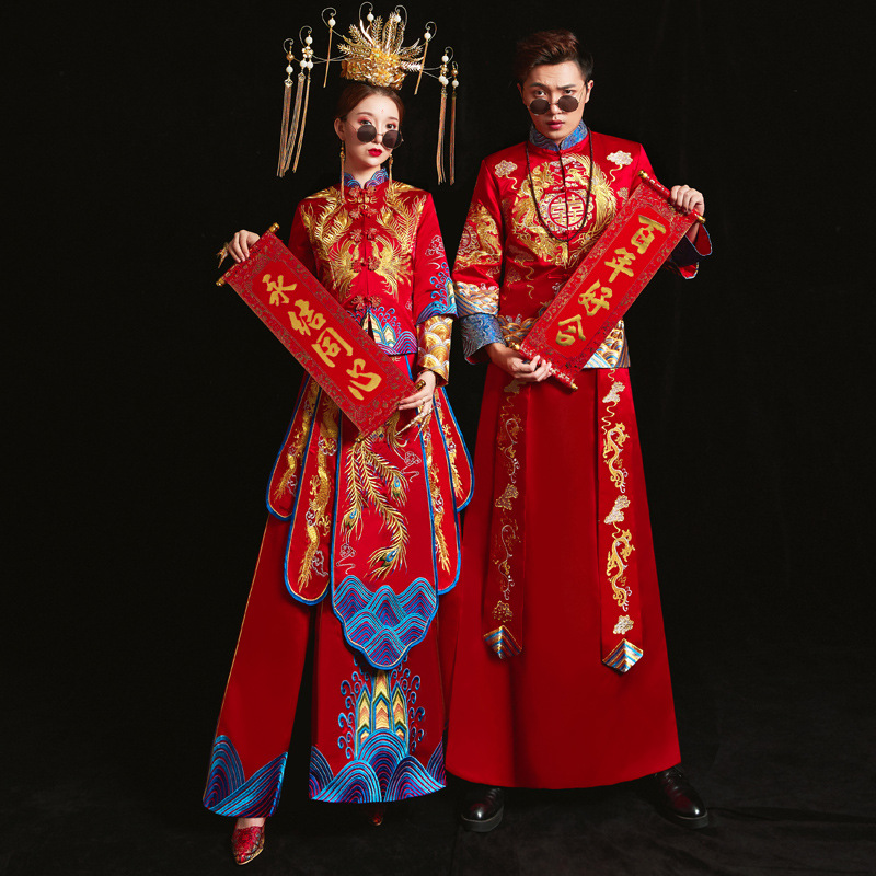 Chinese Traditional Bride Clothing Pratensis Style Wedding Dress Female Dragon Gown Slim Cheongsam Couple Red Evening Gown Robe