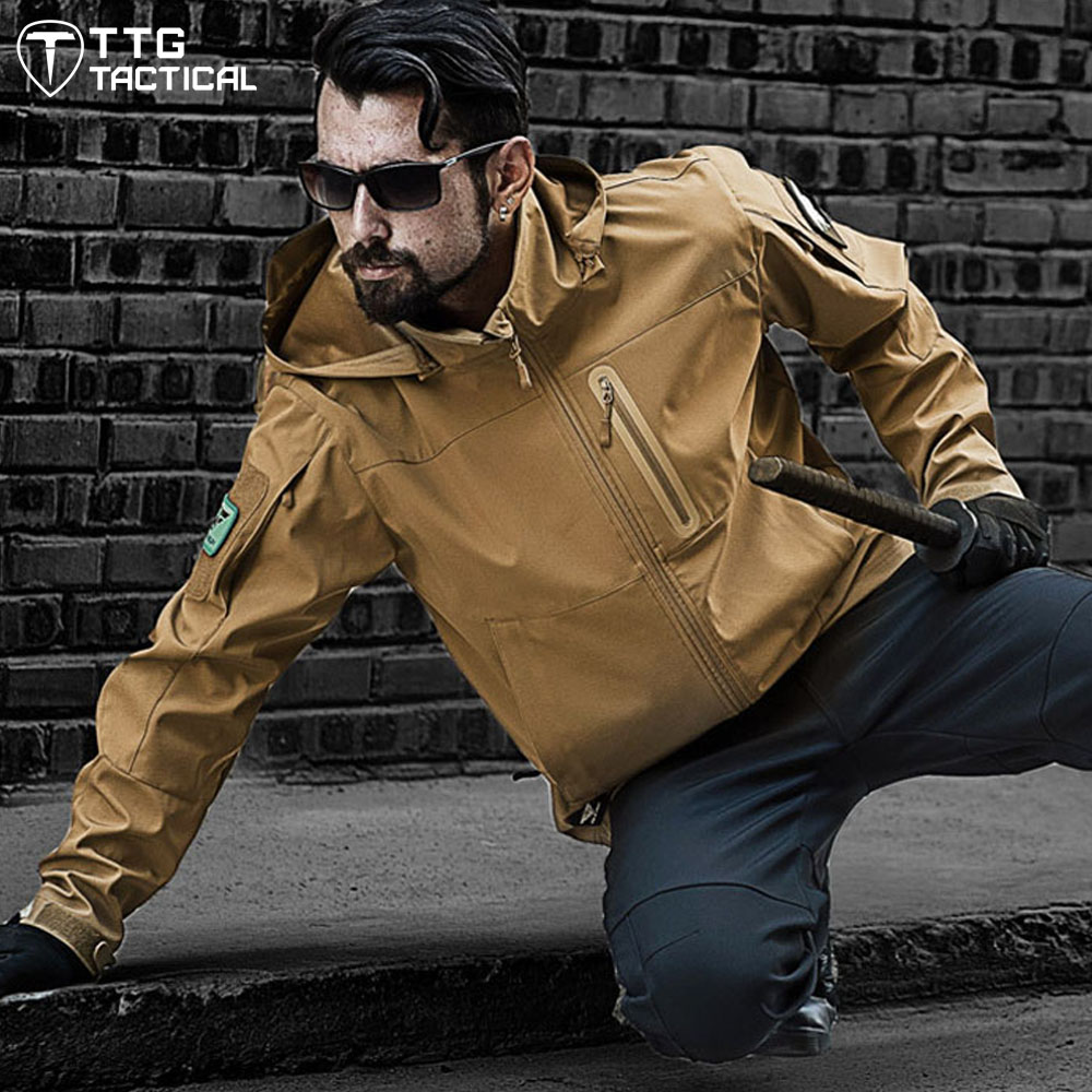 Outdoor Men Soft Shell Tactical Jacket Winter Plus Size Waterproof Hiking Sport Coat Male Waterproof Army Combat Windbreaker