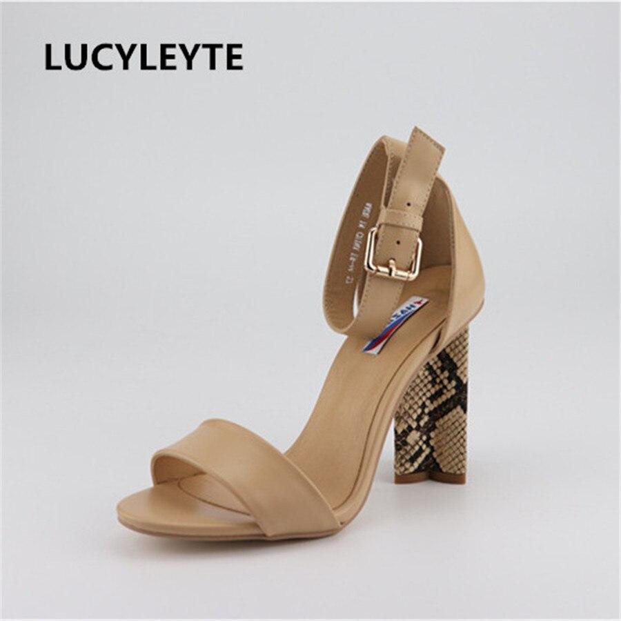 2019 Frauen Sexy Römischen Sandalen Mikrofaser Material Füße Bare Straps Frauen Schuhe Wasserdichte Plattform Super High Heel Sandalen Attraktive Mode