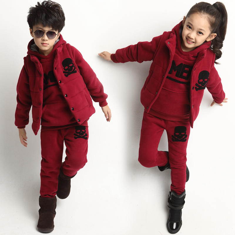 Free shipping winter boy/girl clothing set three pieces sweater+vest+pant children clothing set boy suit